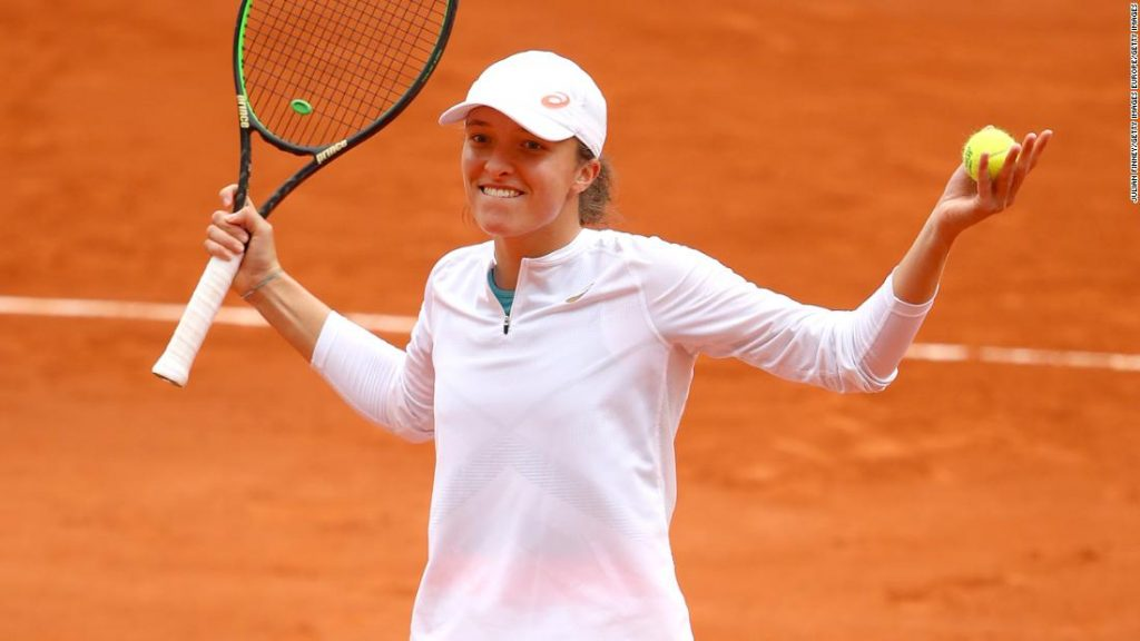 Iga Swiatek makes French Open final to continue roll, will face Sofia Kenin